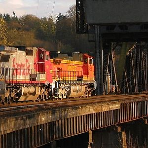 BNSF Z on Bridge 4