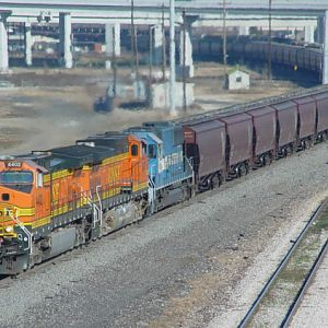 BNSF 4402 on Grain Train