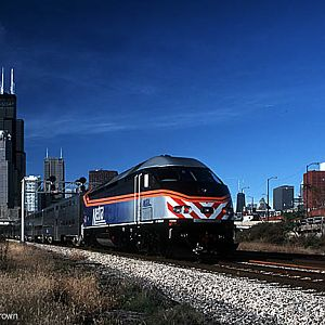 New Metra MP36 on the Rock