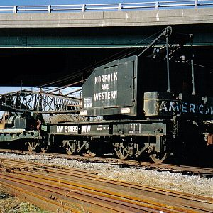 N&W 51489 Railcrane at Suffolk VA
