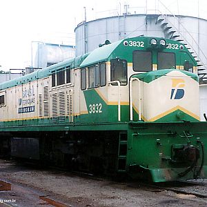 Locomotives in Mayrink 49