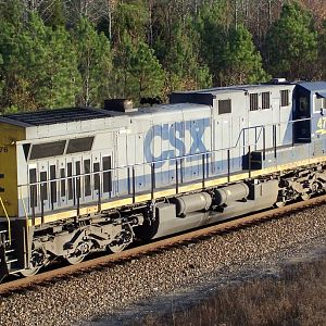 CSXT 476 at North Collier
