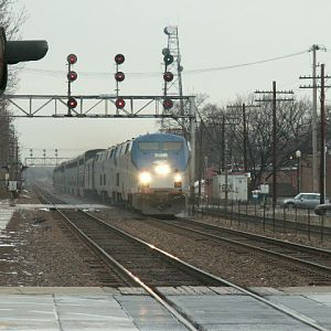 Amtrak 4 Rocketing thru