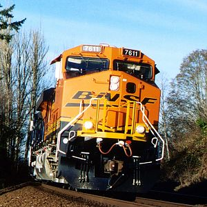 New BNSF paint comin\' at you!
