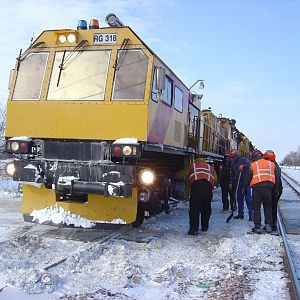 RG 318 Derailed On Crossing