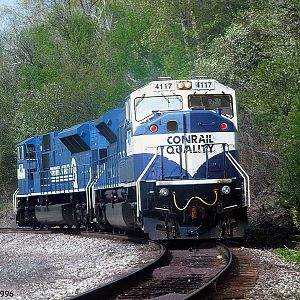 Conrail #4117 & 4116 head south
