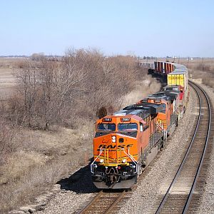 BNSF 7687, the first GEVO ES44DC to ever receive the new logo, at Ransom