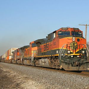 BNSF 1043 at Coal City