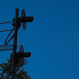 Signal and lunar light