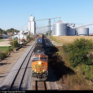BNSF 5036 at Ransom, Illinois on October 6th, 2006