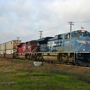 UP Heritage Unit Intermodal Hotshot