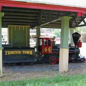 Frontier Town Train
