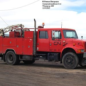 """Newer"" CN crew-cab"