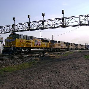New SD70ACe Highballs Out Of Cheyenne