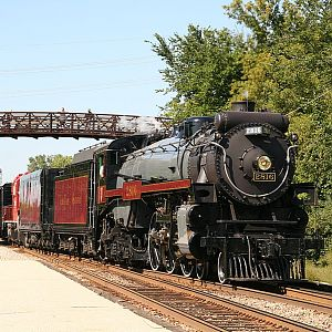 CP #2816 pulls excursions in Wisconsin and Illinois