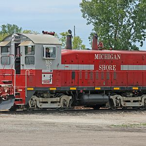 MS #73 (SW1200) working the yard in Muskegon, MI