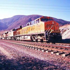 BNSF Powerbar Through Blue Cut