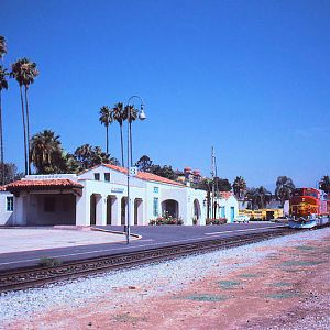 Warbonnets arriving with the 198 through Pasadena