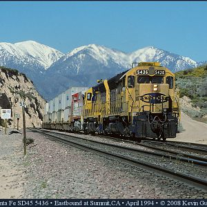 Santa Fe SD45's on Cajon Pass