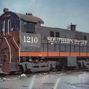 Southern Pacific Alco switcher #1210