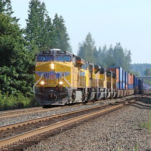 Southbound on the BNSF Seattle Sub