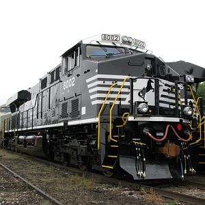 NEW Norfolk Southern ES44AC GE Locomotives at Erie, PA. 9-28-2008