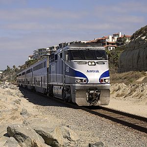 Surfliner meets surfer