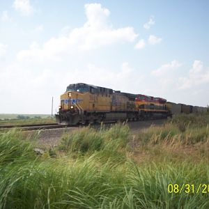 UP 5689 and KCS 4032 at Aikens Station KS