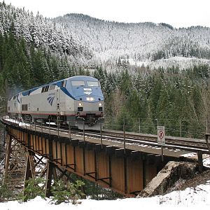 Amtrak 14 at Salt Creek