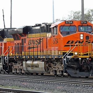 BNSF No. 5754 & 9135 east coal train on CSX at Dolton, IL