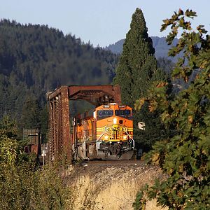 BNSF #7666 West - U-ROOINB1-10 at Rock Grove, Washington