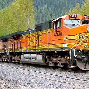 BNSF 4505 Eastbound at Scenic, WA