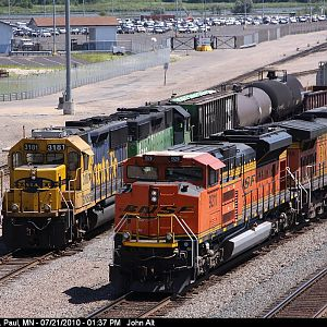 BNSF 3181 and 9211 Ready to Go