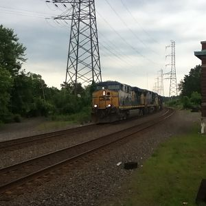 CSX light engine move in nj.