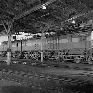 800px-Milwaukee_Road_2-unit_boxcab_electric