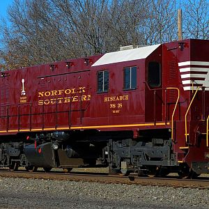 "Norfolk Southern ""The Brick"" 38"