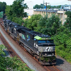 "Norfolk Southern ""GO RAIL"" 6963"
