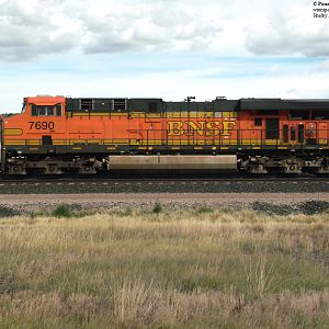 BNSF 7690 Dirty Money