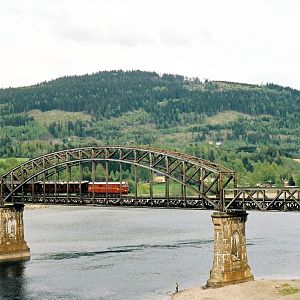 Minnesund bridge with old train