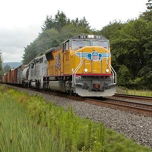 UP 3831 at Ferrier Road - July 8, 2004